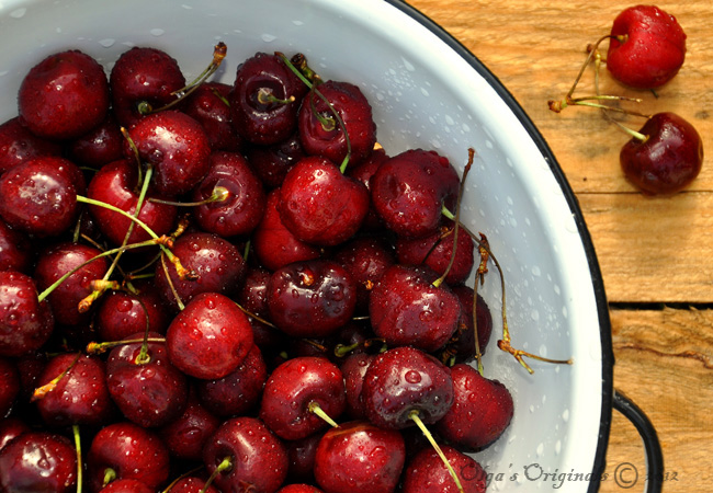 sweet, juicy cherries