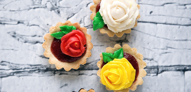 Welcoming Spring with Quinoa-Coconut Tartlets, Strawberry-Rhubarb Butter, and Old-Fashioned Buttercream Roses