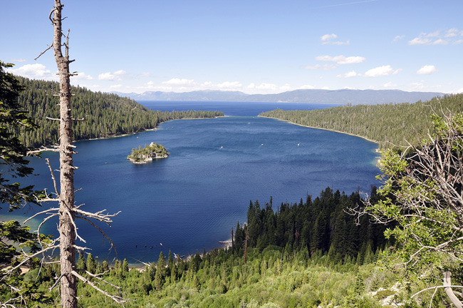 hiking trails by Emerald Bay